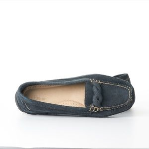 L.L. Bean Suede Flat Loafers Size 8.5 Wide Blue.